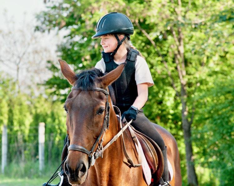 Stage équitation enfant à Digne les Bains